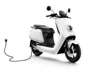 Niu 50 alquiler barcelona moto rent